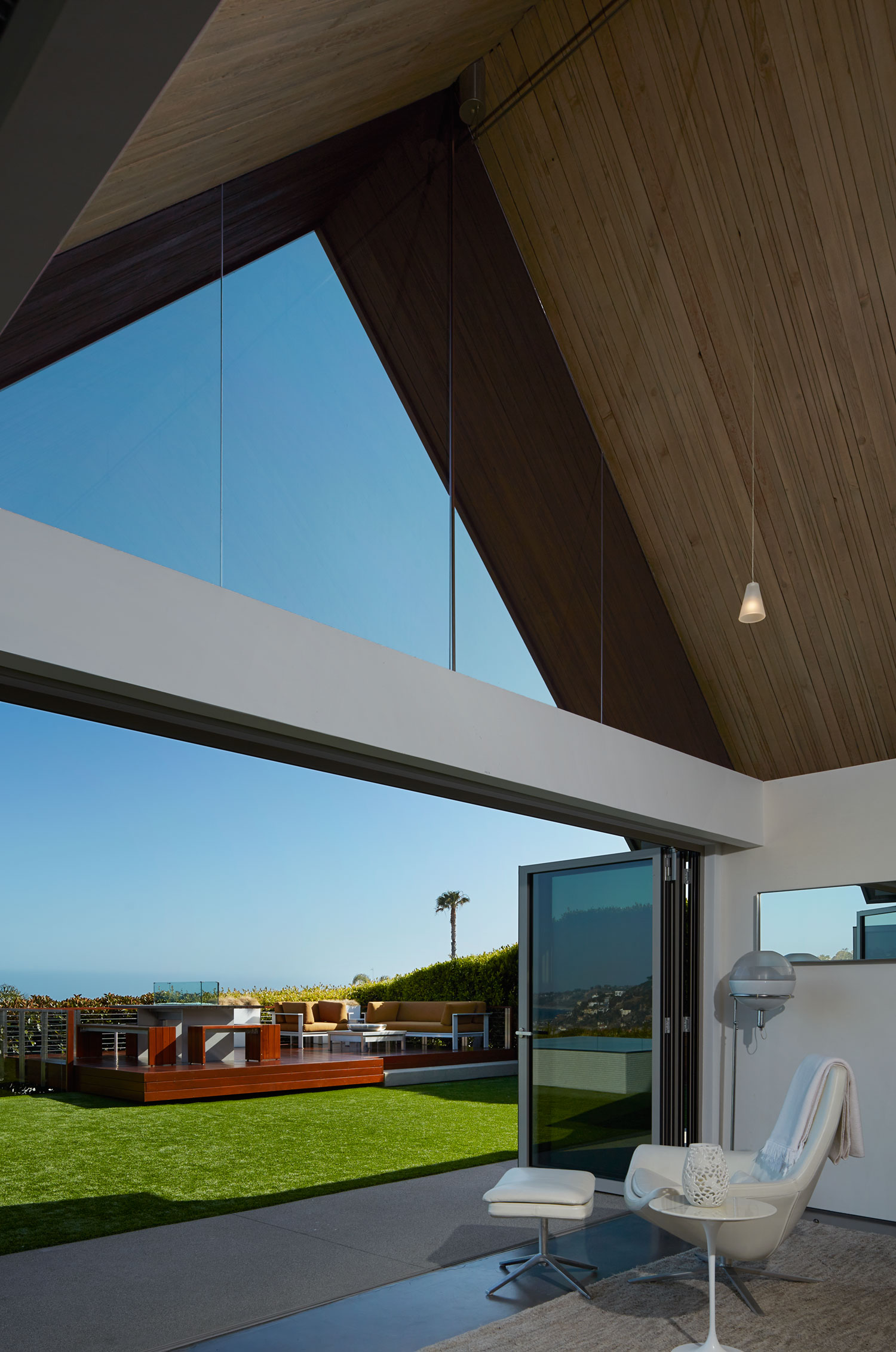 modern-architecture-residential-indoor-outdoor-inspirational-view-shubindonaldson-wakecrest-residence-1