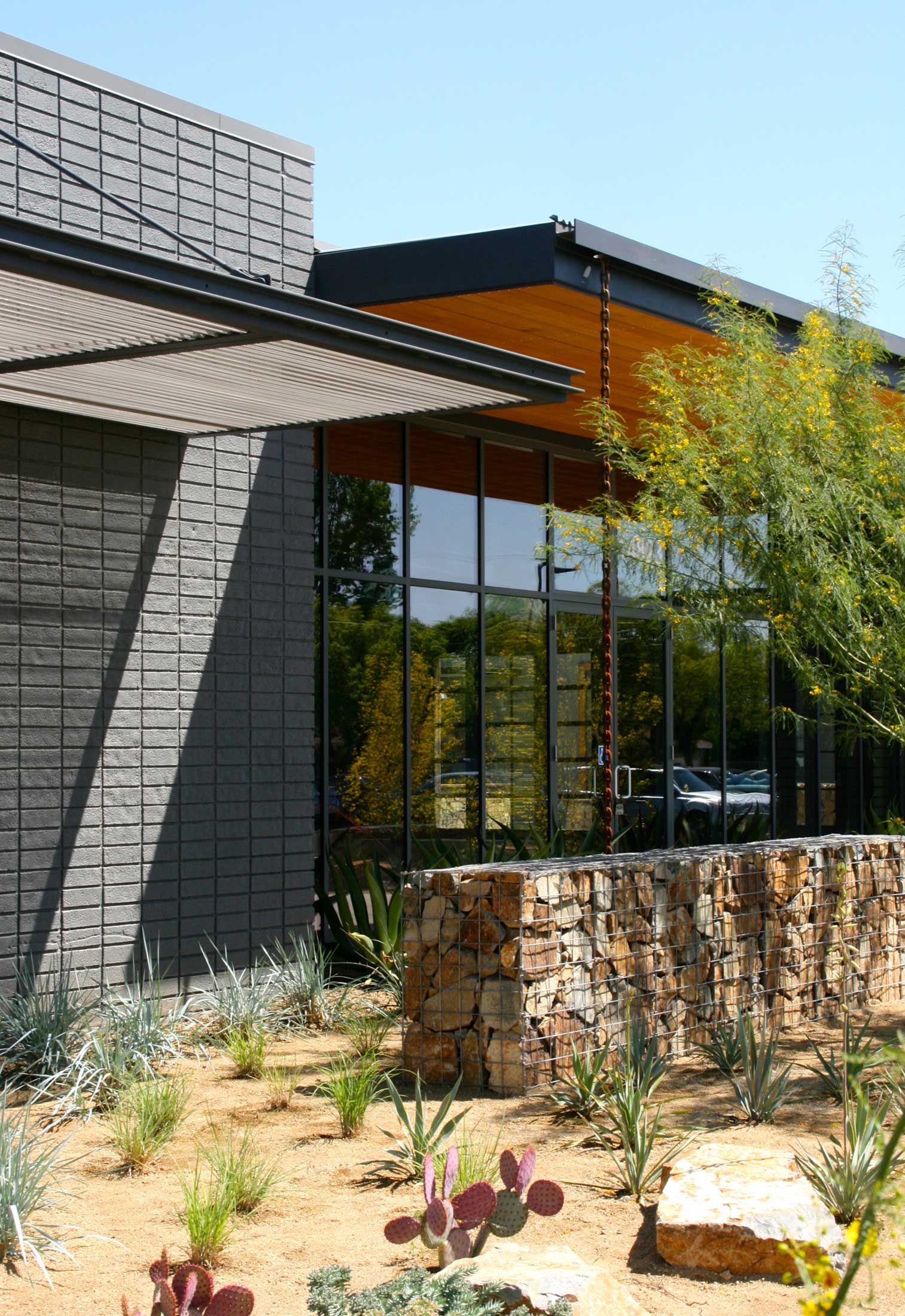 modern-architecture-commercial-building-worsplace-sustainable-adaptive-california-shubindonaldson-ranch-05