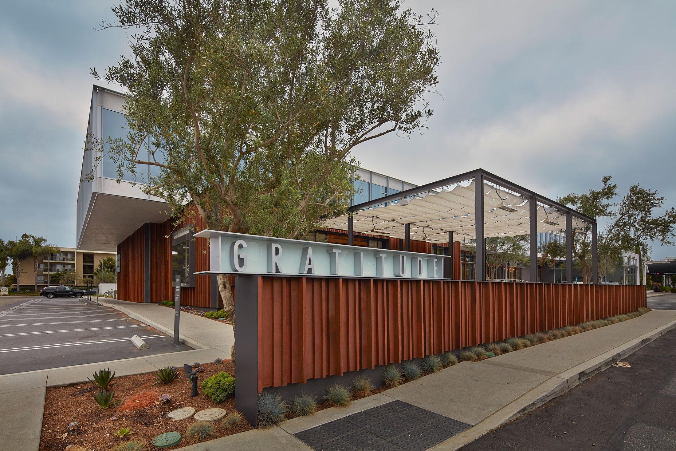 modern-architecture-building-mixed-use-sustainable-shubindonaldson-castaway-commons-6