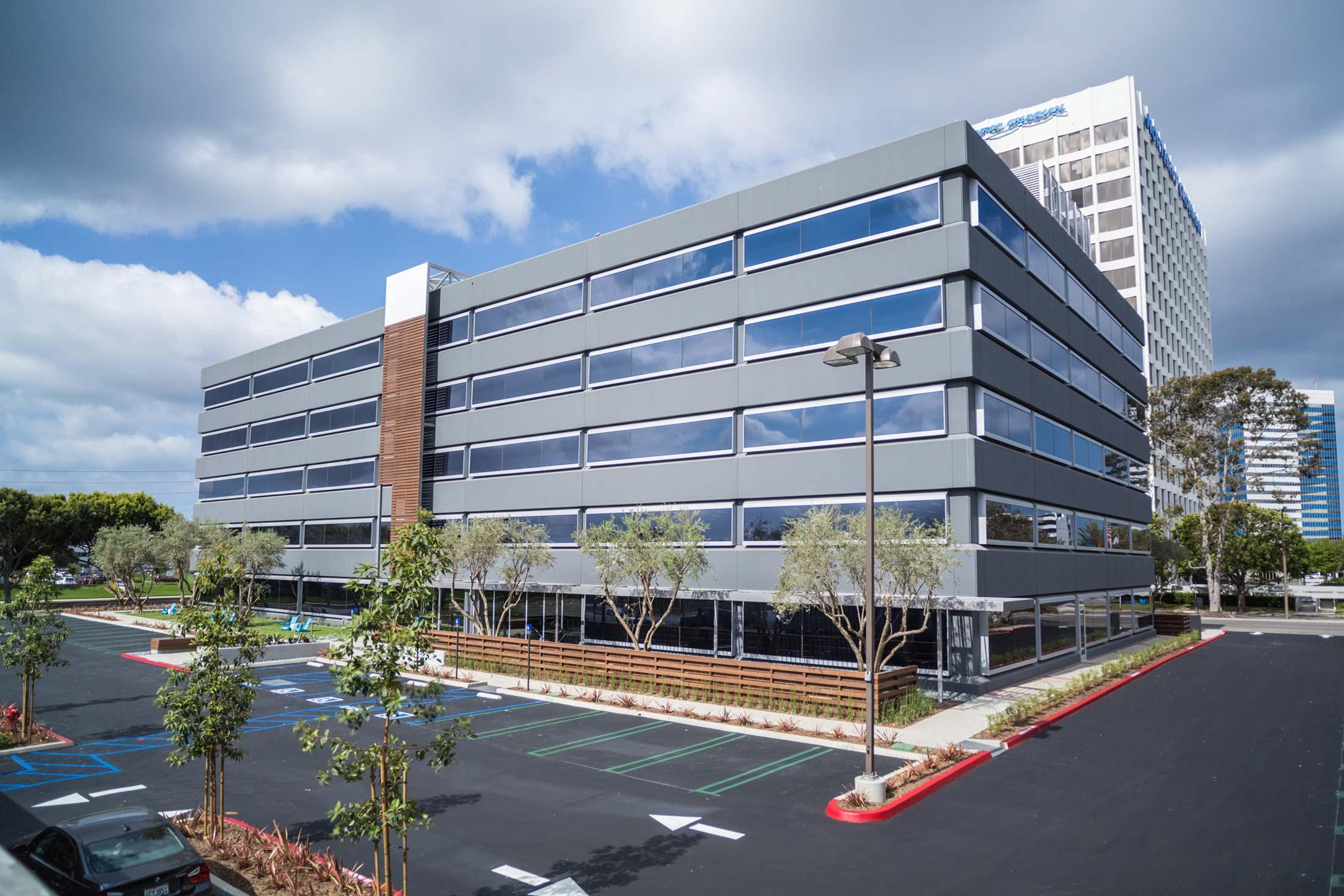 modern-architecture-building-commercial-california-shubindonaldson-2101elsegundo-01