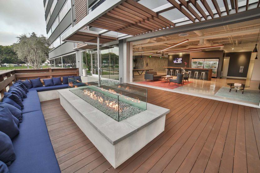 modern-architecture-building-commercial-california-shubindonaldson-2101elsegundo-04