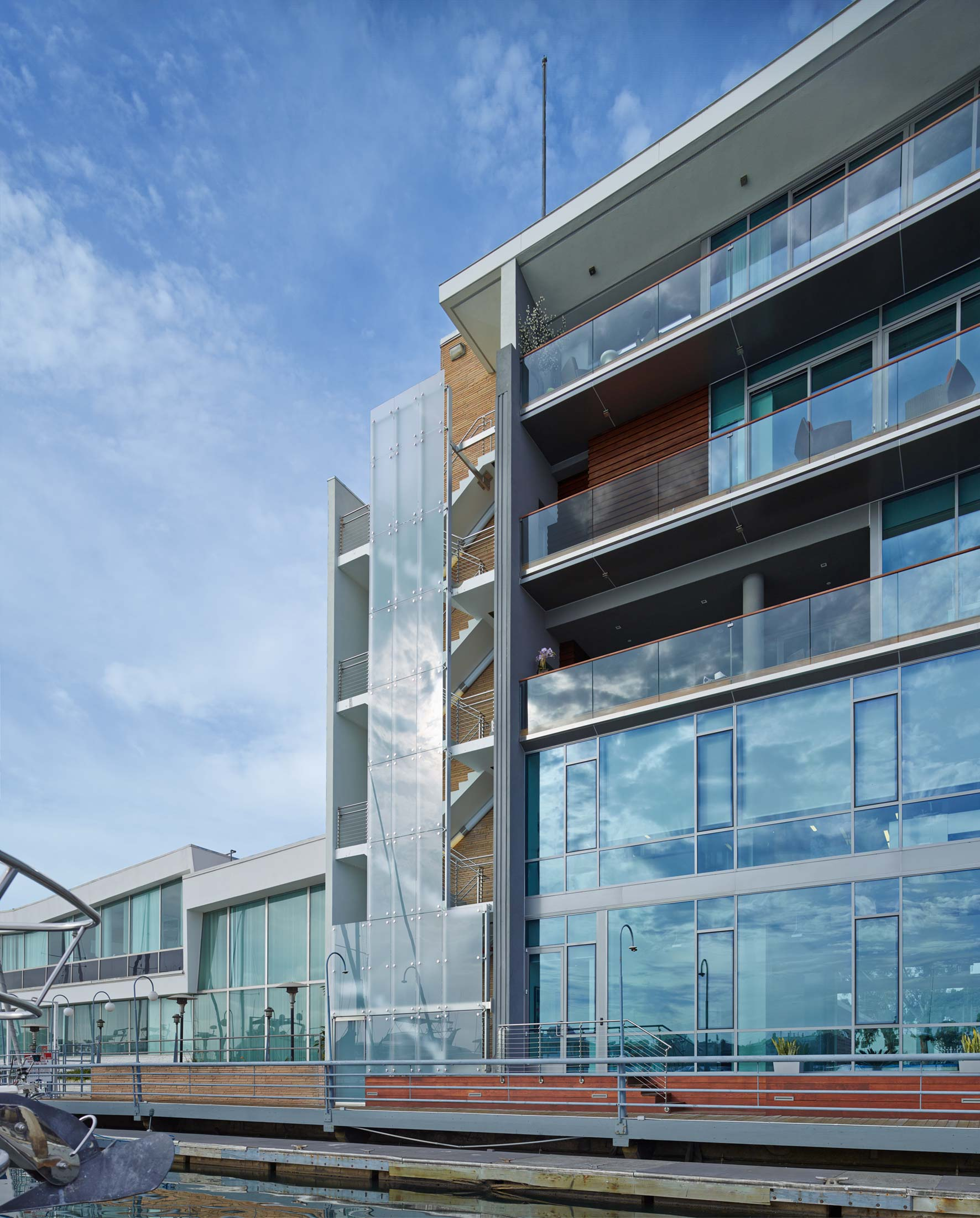 modern-architecture-building-mixed-use-office-residential-shubindonaldson-via-lido-mixed-use-5