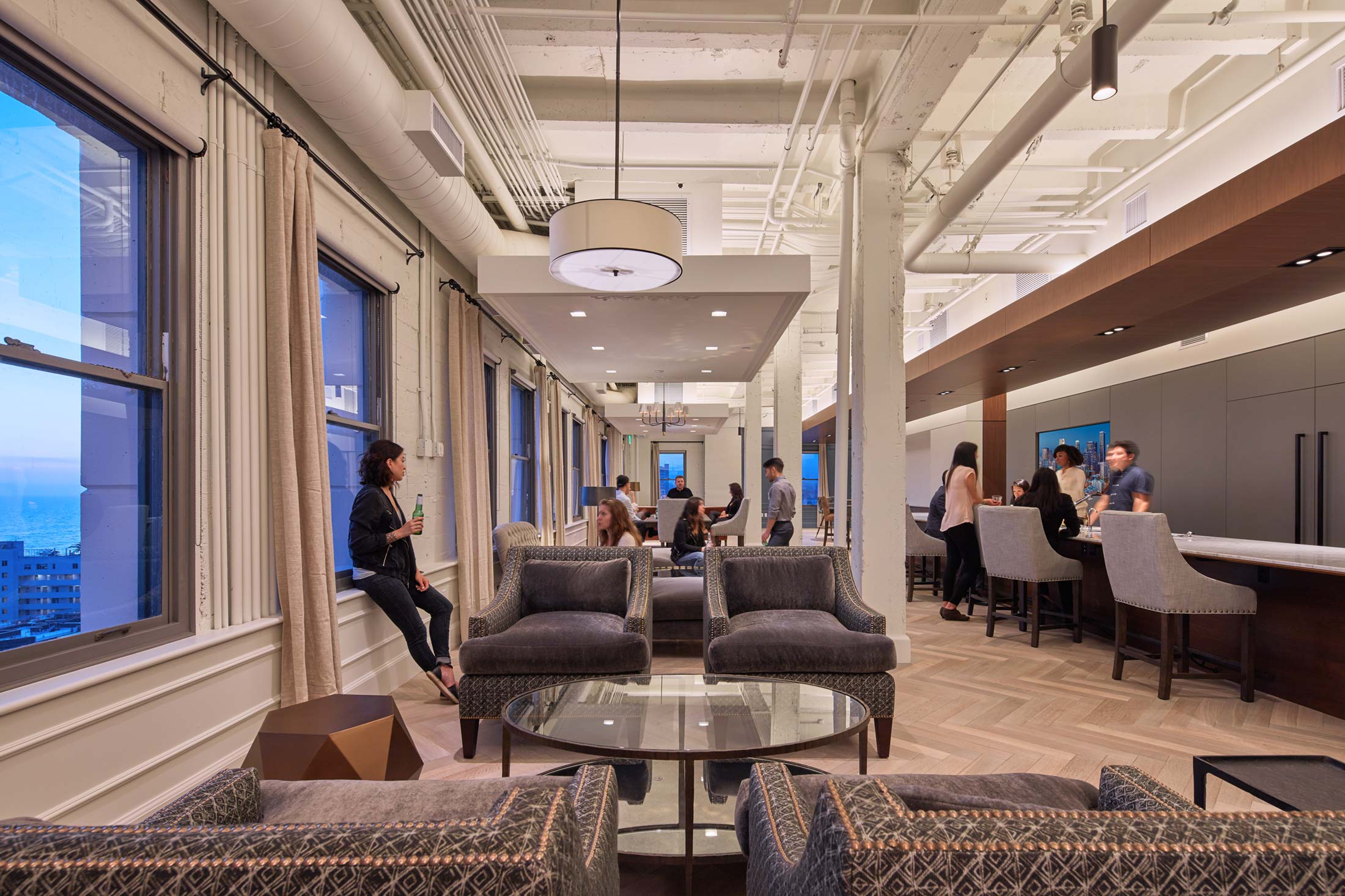 modern-architecture-commercial-interiors-office-california-shubindonaldson-truecar-clocktower-04