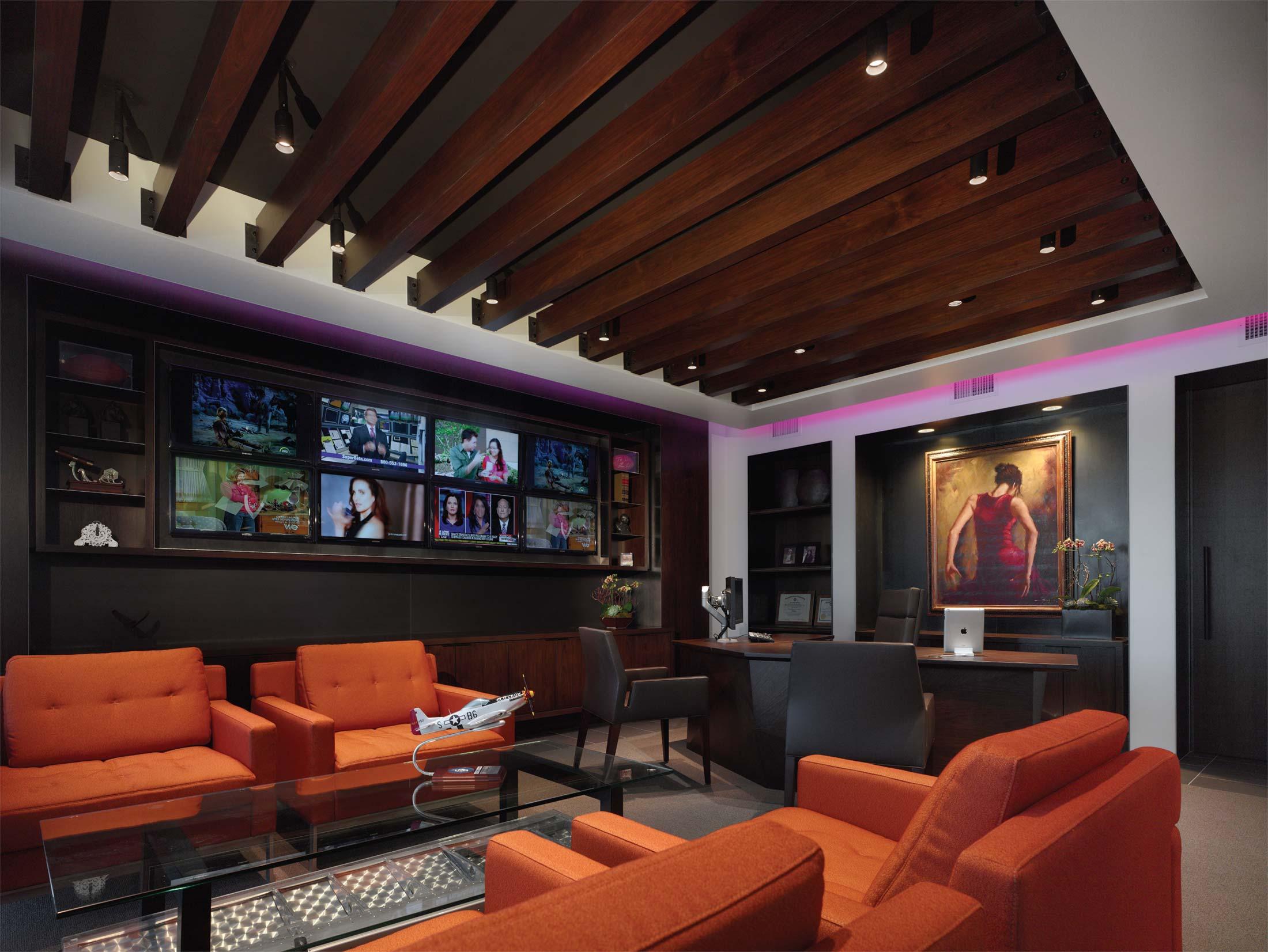 modern-architecture-commercial-interiors-workplace-office-branded-custom-workstation-california-shubindonaldson-intermedia-09
