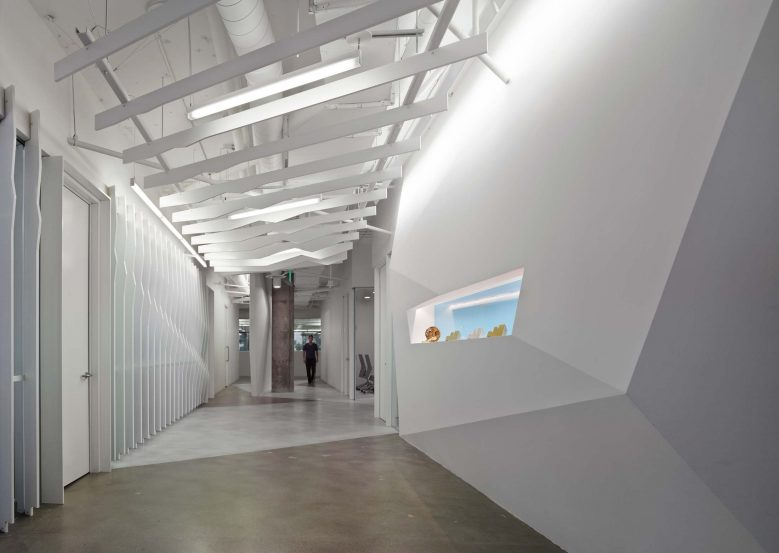 modern-architecture-commercial-interiors-workspace-california-shubindonaldson-conill-advertising-2