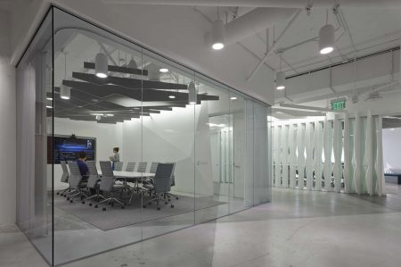 modern-architecture-commercial-interiors-workspace-meeting-california-shubindonaldson-conill-advertising-2