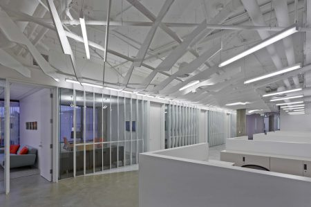 modern-architecture-commercial-interiors-workspace-office-california-shubindonaldson-conill-advertising-2