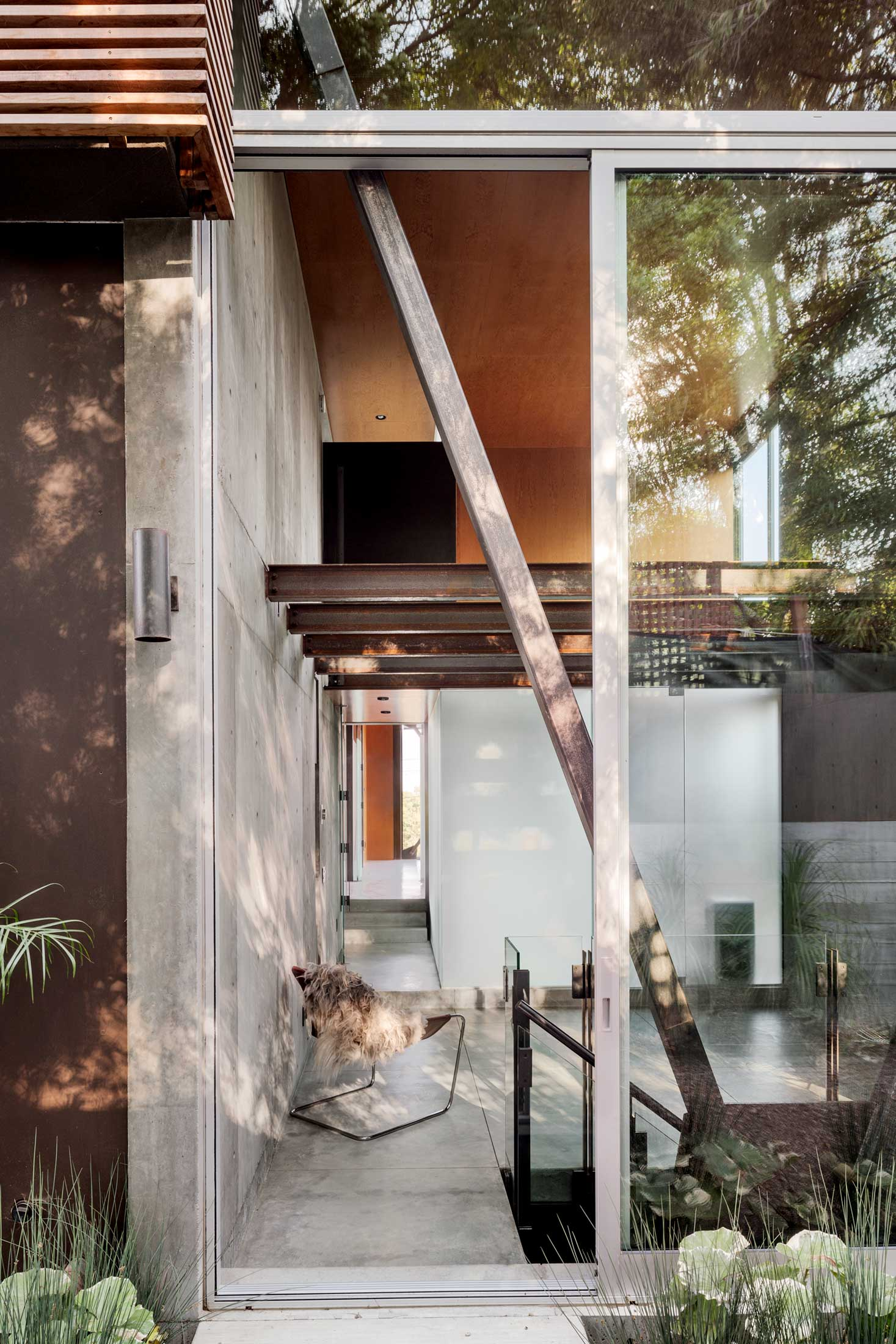 modern-architecture-residential-california-indoor-outdoor-shubindonaldson-skyline-1