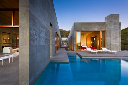 modern-architecture-residential-concrete-pool-indoor-outdoor-california-shubindonaldson-toro-canyon-1