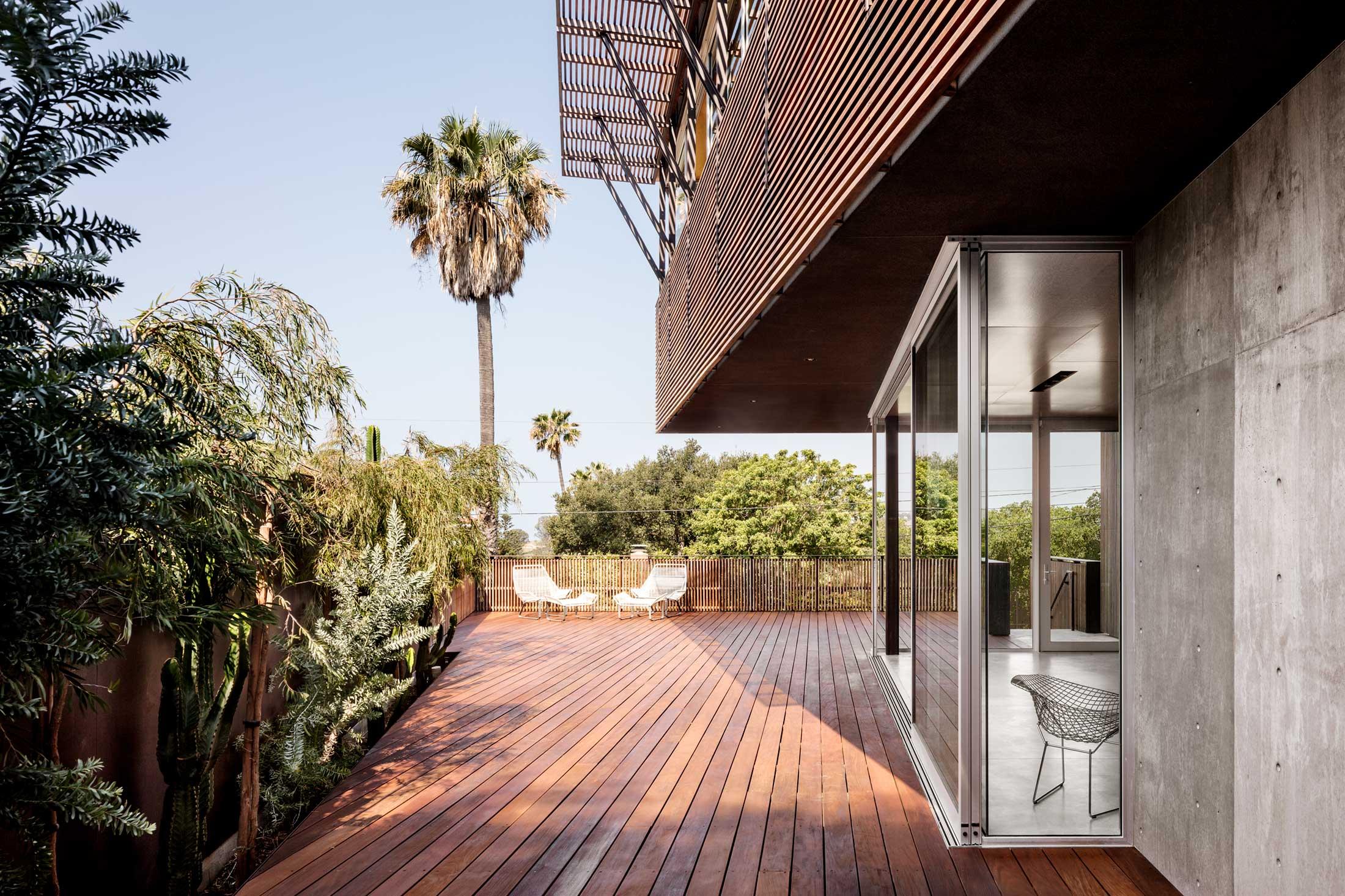 modern-architecture-residential-garden-california-shubindonaldson-skyline-1