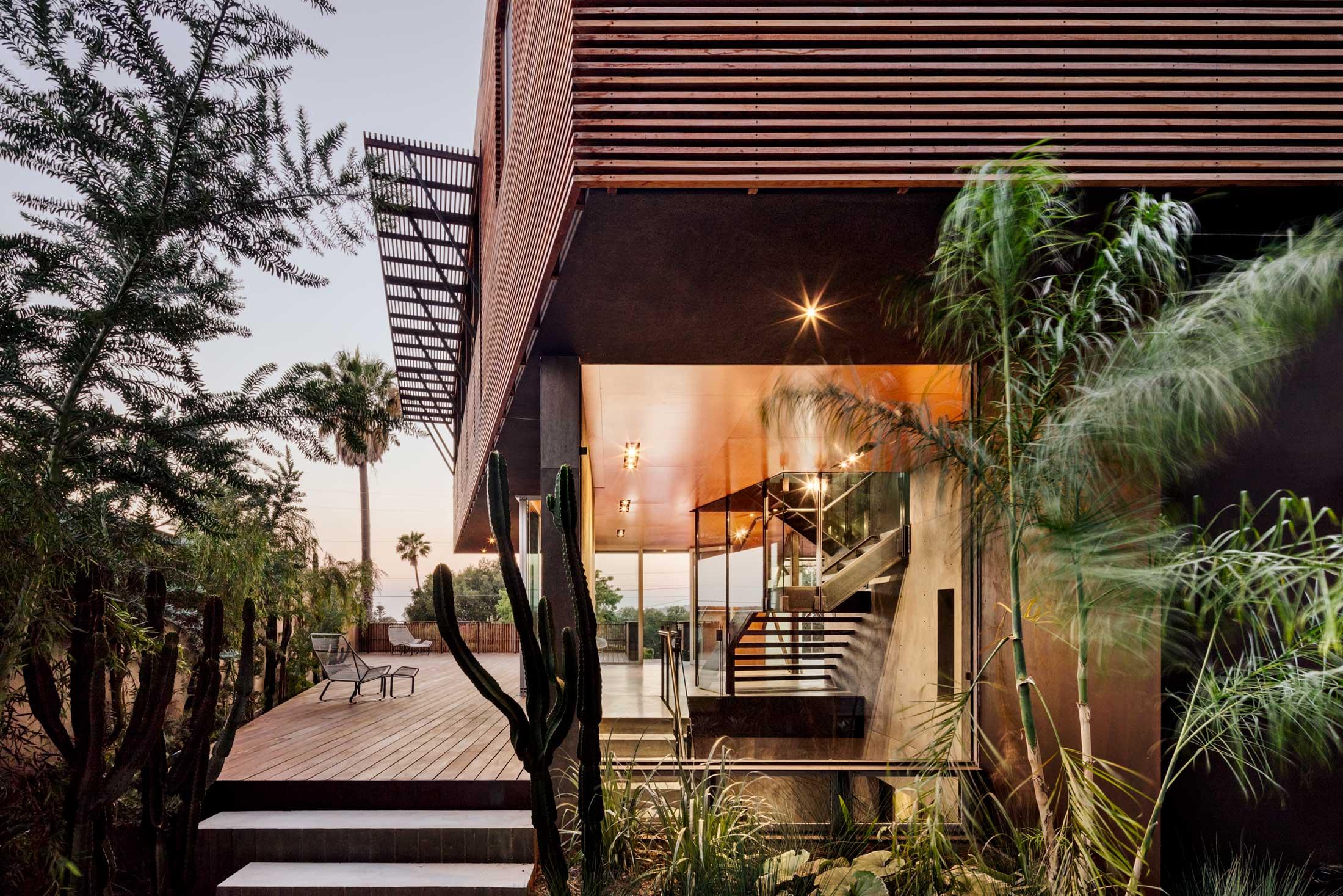 modern-architecture-residential-garden-california-shubindonaldson-skyline-2