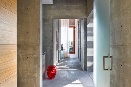 modern-architecture-residential-interior-concrete-wood-california-shubindonaldson-toro-canyon-1