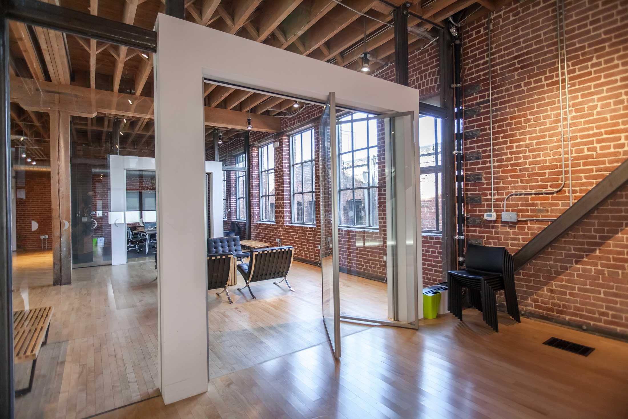 Lunar design shubin donaldson - Commercial interior design chicago ...